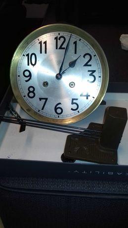 Mechanizm zegara junghans