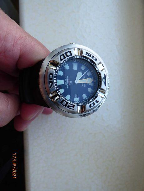 Citizen B873-SO57892 Professional diver 300m
