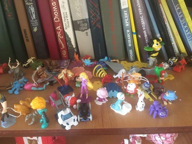 Іграшки кіндер