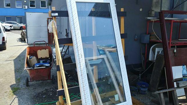 Okno balkonowe 93/208 trzy szybowe