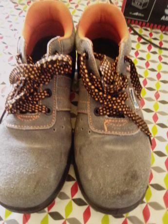 Vendo Sapatos Segurança-BAIXA PREÇO!