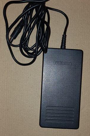 Carregador Toshiba PA2450U