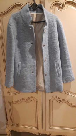 Niebieski płaszcz włoski