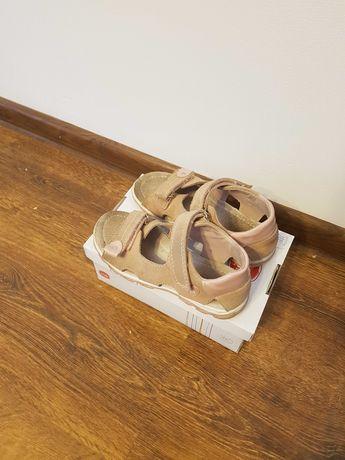 Skórzane sandały dziewczęce