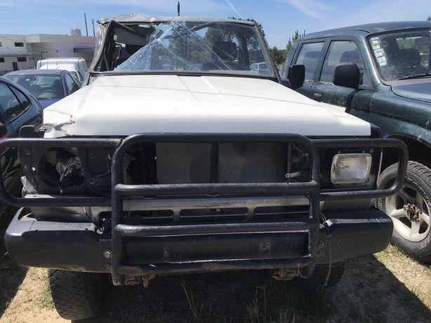 Nissan Patrol 260 Para Peças