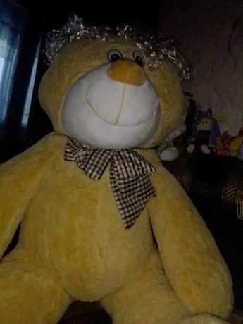 Медведь большой игрушка