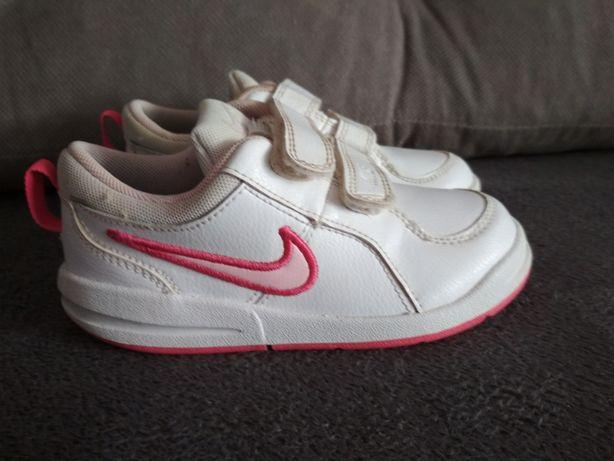 Buciki Nike sportowe rozmiar 26