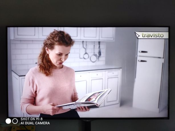 TV LG 60 UF695 4K + uchwyt