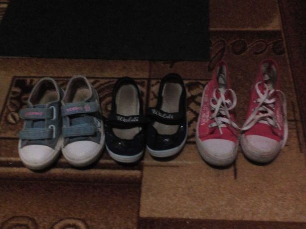 Обувь на девочкк
