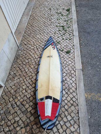 """Prancha de surf 6""""4"""