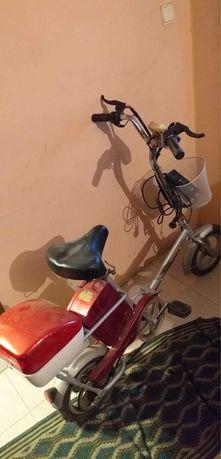 Bicicleta eletrica antiga