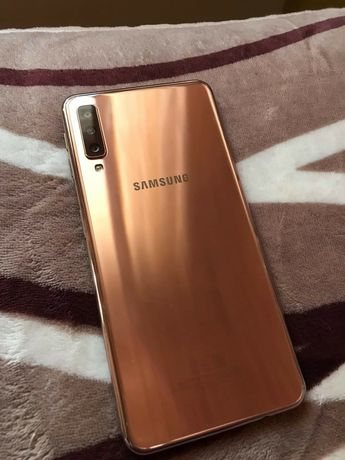 Samsung Galaxy A7 Gold (2018). Зеркальный.