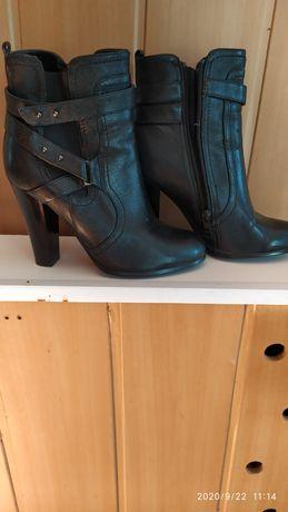 Продам ботинки,в отличном состоянии