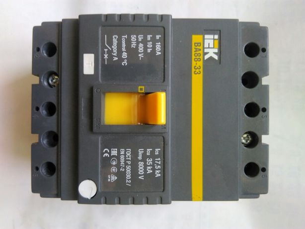 Автоматический выключатель  IEK BA88-33 3P 160A