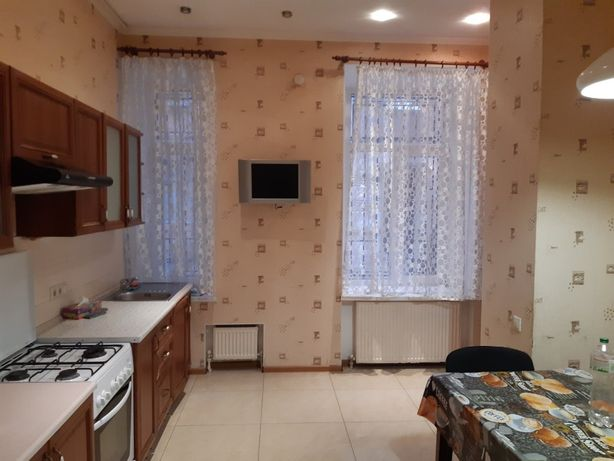 Продам 2 комн. квартиру Коблевская Соборная площадь отличный дом