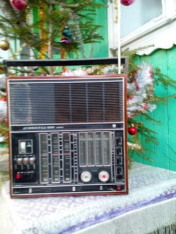 Продам ретро радіо Ленинград