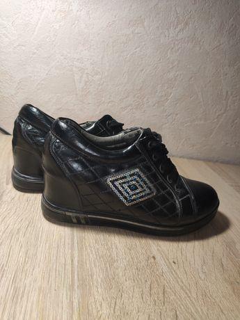 Туфли на шнурках весна
