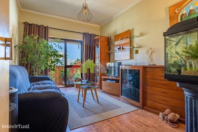 Apartamento T1 para arrendamento – Alto do Seixalinho