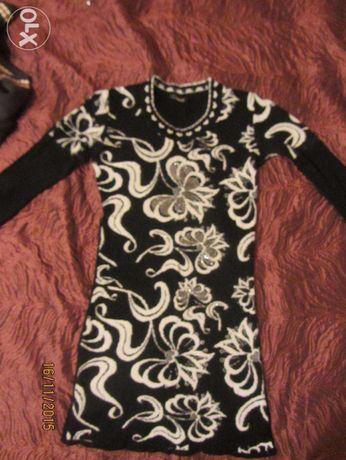 Платье вязаное, 38 размер