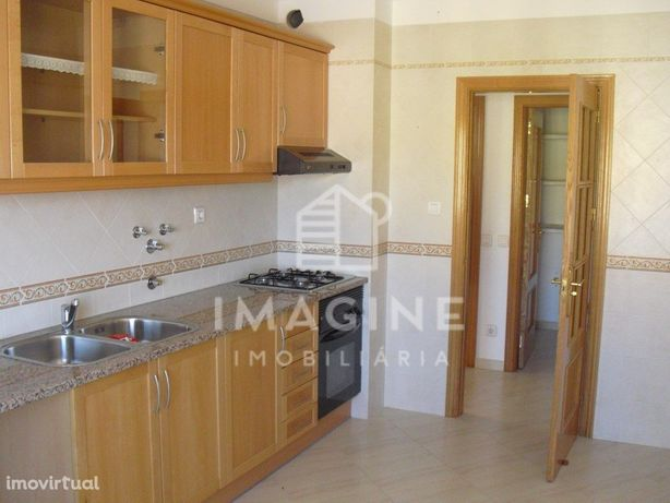 Apartamento T1 - Bairro Afonso Costa