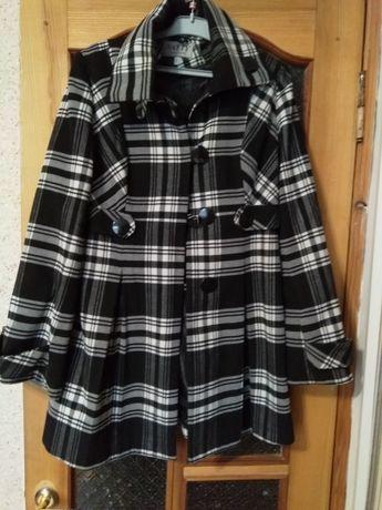 Пальто женское размер 44-46