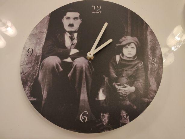 Relógios de parede ( vidro e em vinil)