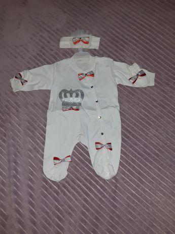Нарядный бодик человечек комплект с повязочкой и царапками0-3 месяцев