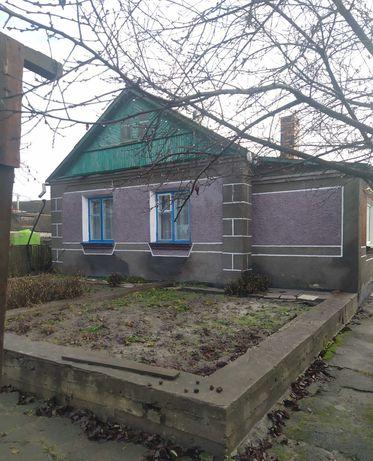 Продам дом,г.Новоград -Волынский,район мясокомбинат.