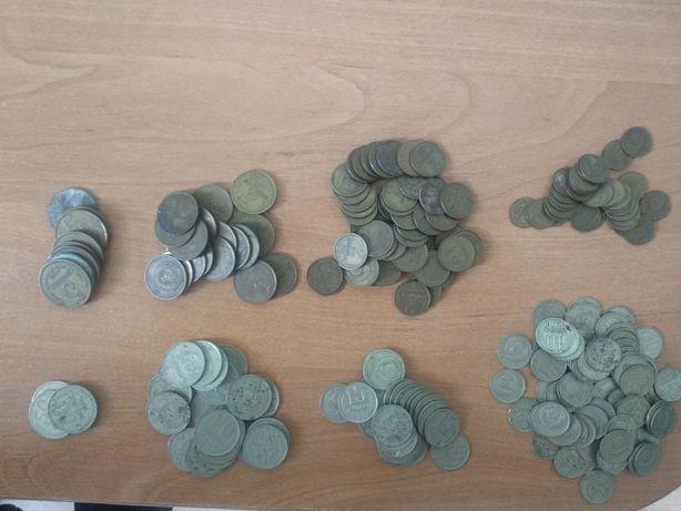 Монеты СССР разного номинала.