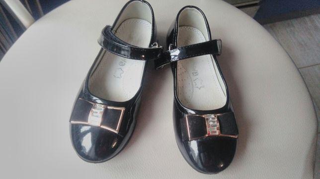 Лакові туфлі р. 26, чорні туфлі на дівчинку, ніжка 16 см, туфли лак