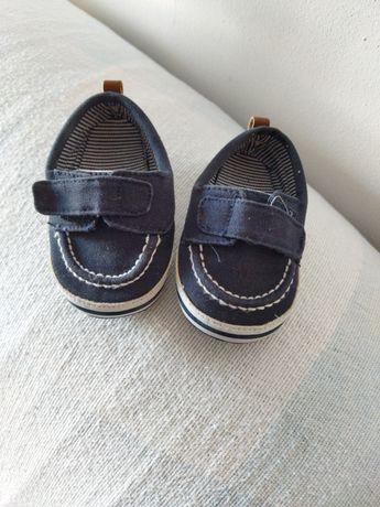 Sapatos menino NR 19