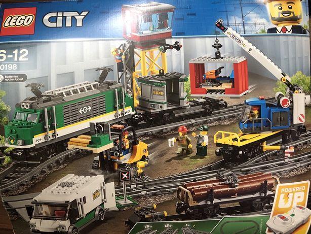 Lego поезд 60198