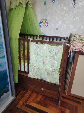 Кроватка детская с матрасом, защитой и постельным, плед в подарок
