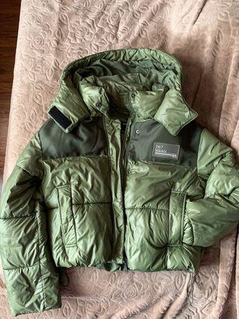 Куртка Bershka, розмір S (42-44)
