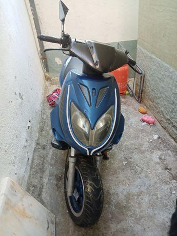 Scooter 125 c nova
