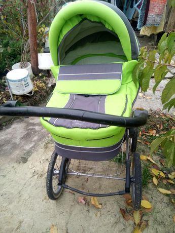Продам коляску ADAMEX в хорошем состоянии торг
