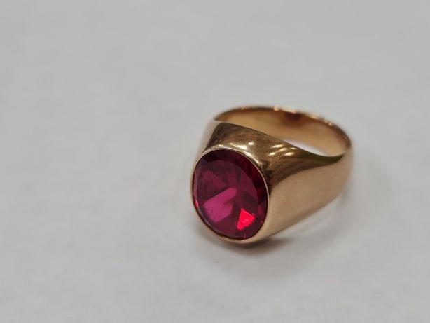 Piękny złoty sygnet męski/ 585/ Czerwony kamień/ 19.97 gram/ R26
