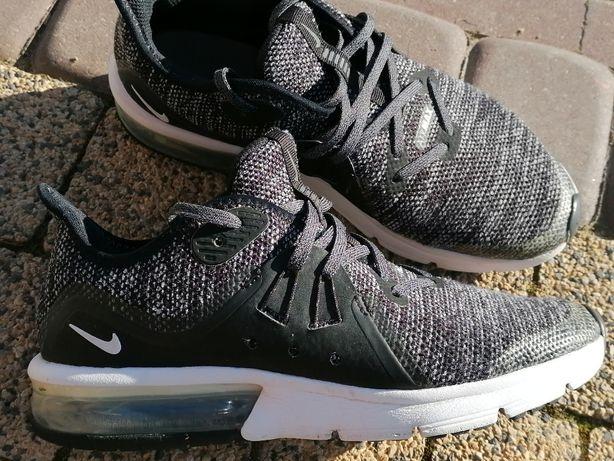00Sprzedam buty Nike Air max roz. 36,5