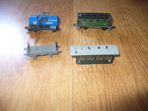 Arnold Piko złom wagonów w skali N 1:160 kolejka makieta