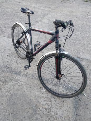 Велосипед Крос  28 колесах вібрейкі гарний стан перекикки Алівіо