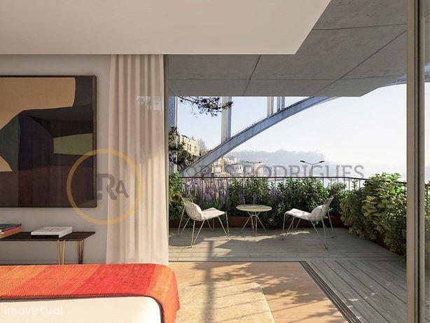 Apartamento T4 no Panorama Douro Residence
