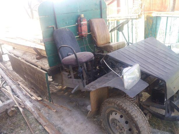 Продам саморобний трактор.