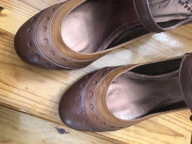 Nowe buty Clarks 6 nasze 39