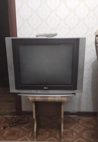 Телвизор LG