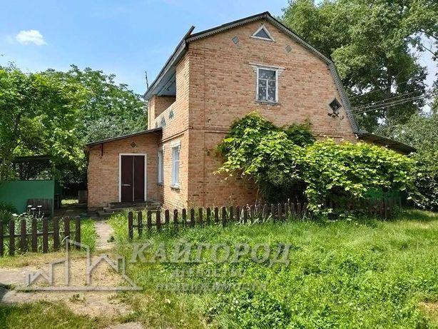 Продам двухэтажный дом в с. Ленинское ( Тарасовка )  Сквырского р-на