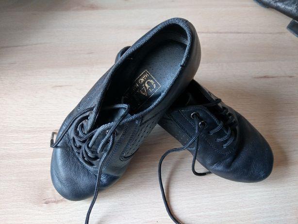 Продам мужскую танцевальную обувь для бальных танцев,17 и 18см стелька