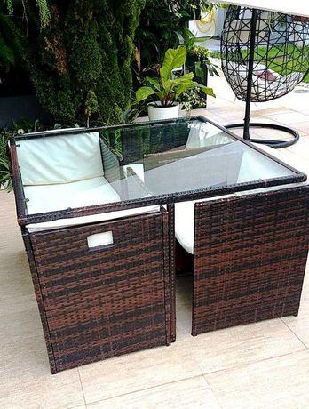 Conjunto mesa cadeiras Rottan jardim
