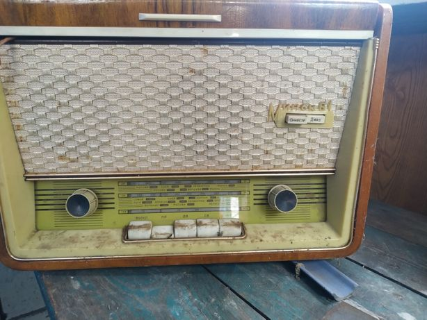 Продам радиолу Минск 61