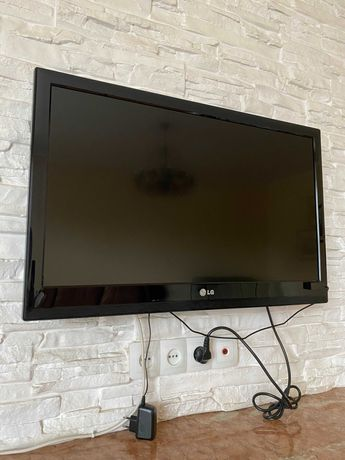 Телевізор LG 32LV3400