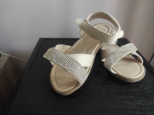 Sandałki rozmiar 29